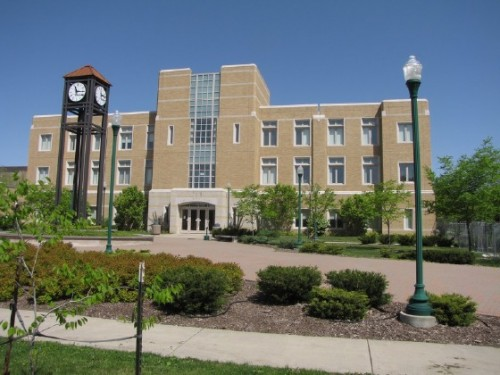 eastern-illinois-university-Major-in-Management-with-an-emphasis-on-Human-Resource-Management